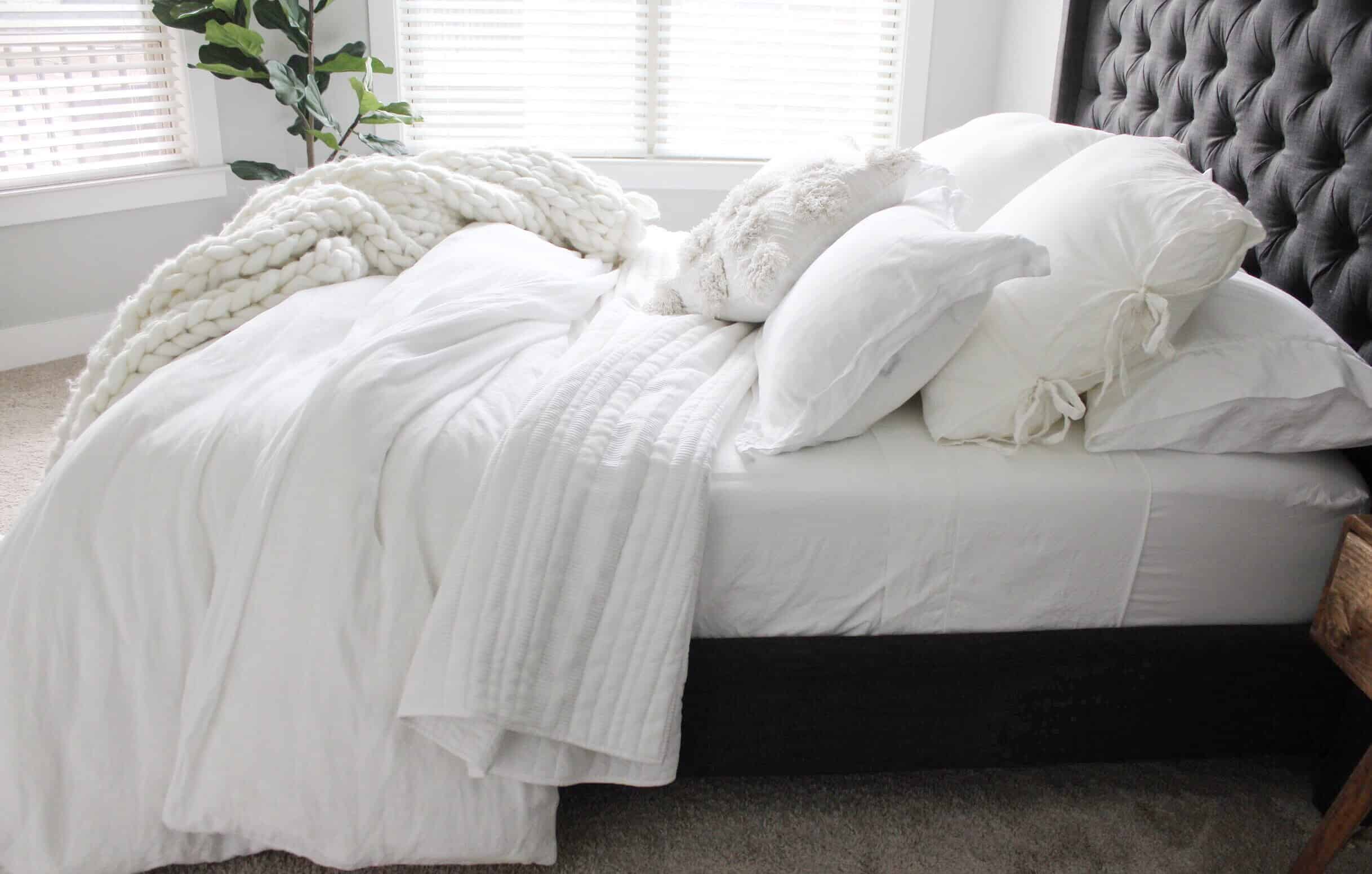 5 Tips For Creating An All White Bed Caitlin De Lay Blog